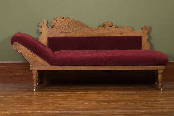 Vintage antique victorian eastlake design fainting couch for Antique chaise lounge furniture
