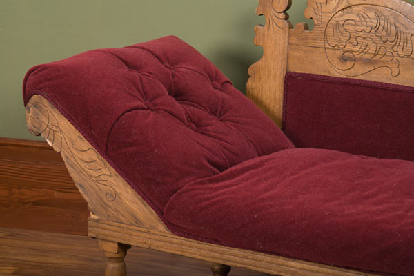 Astounding Victorian Eastlake Style Fainting Couch For Sale Victorian Beatyapartments Chair Design Images Beatyapartmentscom